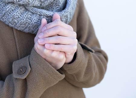 ¿Por qué la piel se seca con el frío?