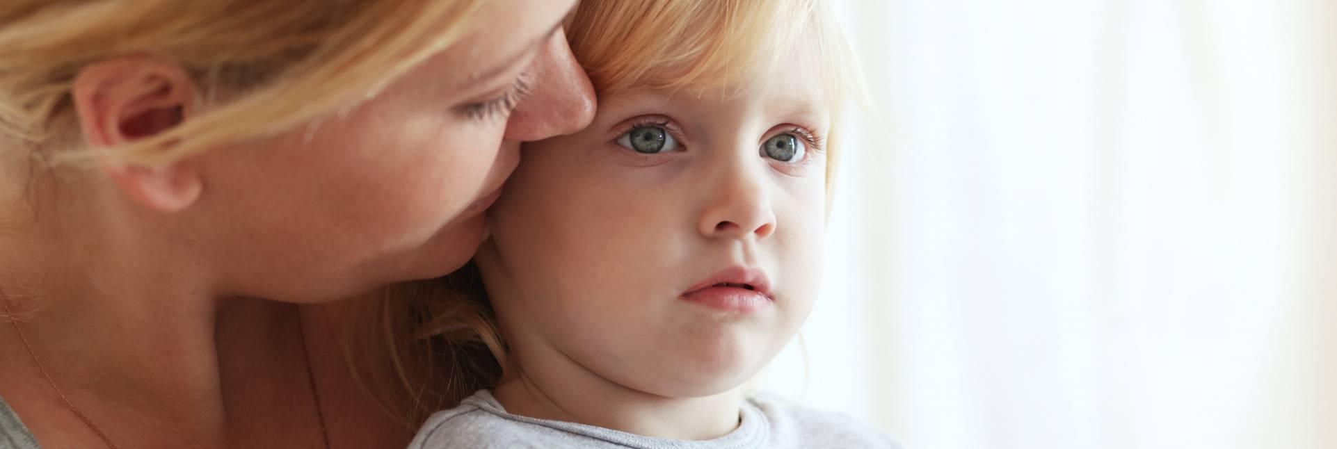 5 consejos prácticos a seguir después de un golpe en la cabeza en niños
